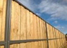 Kwikfynd Lap and Cap Timber Fencing augathella