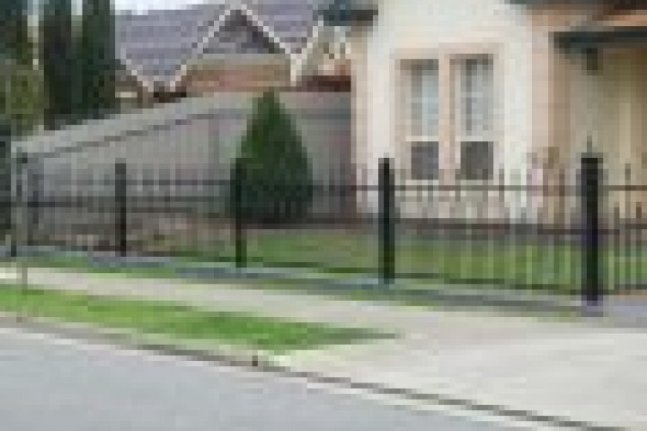 Your Local Fencer Tubular fencing 720 480